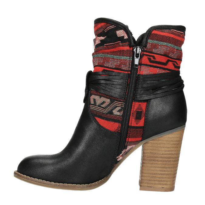 Členkové čižmy vo Western štýle so zateplením bata, čierna, 699-6603 - 26
