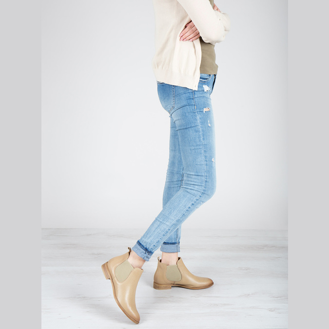 Kožené Chelsea topánky s perforáciou bata, béžová, 596-3651 - 18