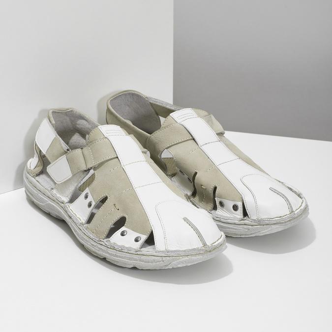 Pánske svetlé kožené sandále bata, biela, 866-1622 - 26