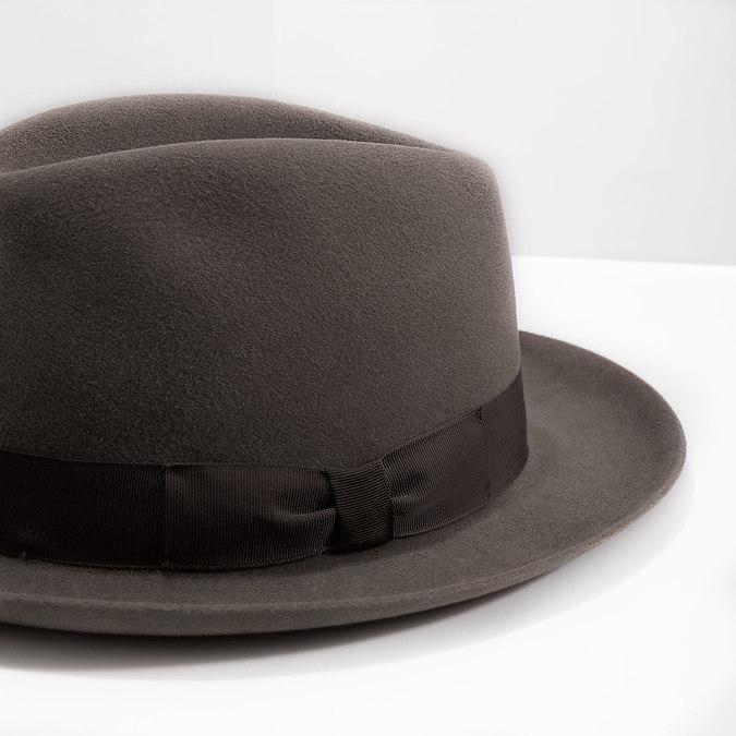 Pánsky hnedý klobúk s mašľou tonak, hnedá, 909-3648 - 14