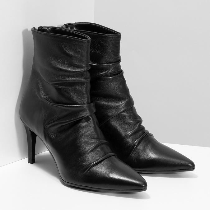 Čierne kožené čižmy s riasením bata, čierna, 794-6662 - 26