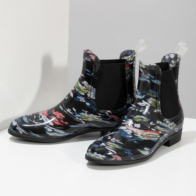Dámske členkové gumáky s kvetinovým vzorom bata, čierna, 592-6610 - 16
