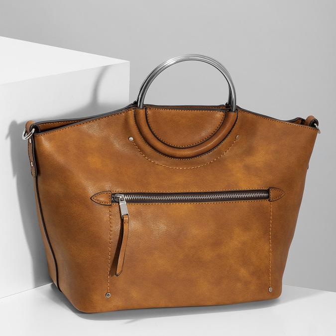 Hnedá dámska kabelka s kovovými rúčkami bata, hnedá, 961-3934 - 17