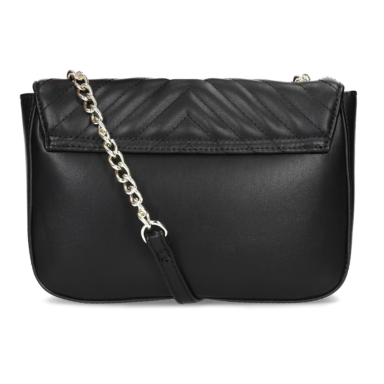 ... Čierna prešívaná kabelka s retiazkou bata-red-label 5034b48e9aa